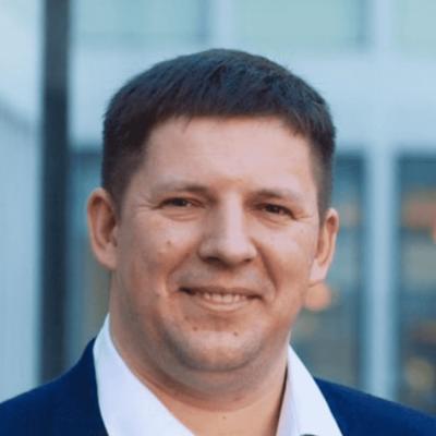 Dr. Maksym Plakhotnyuk